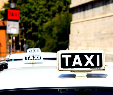 Z lotniska Rzym-Fiumicino na lotnisko Rzym-Ciampino najszybciej dojechać taksówką