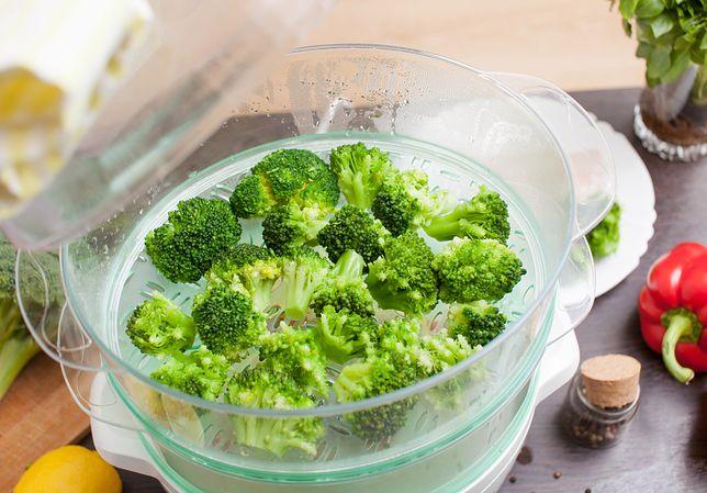 Z pomocą tych urządzeń przygotujesz obiad bez dodawania kropli tłuszczu.