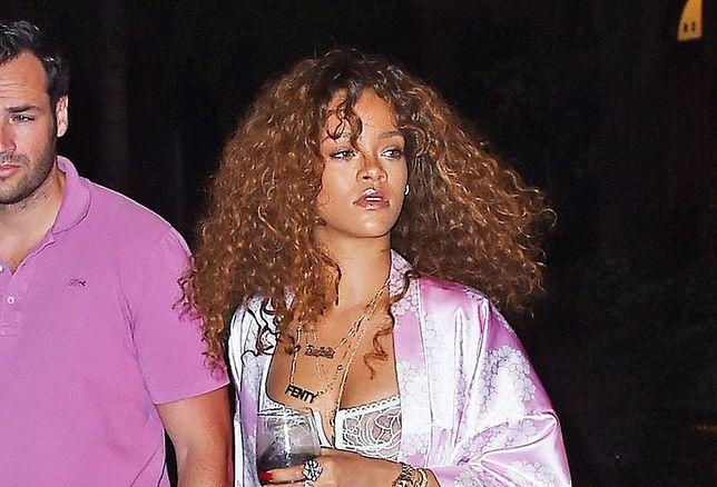 Rihanna, piżama