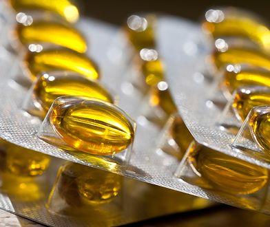 Niedobór witaminy D: objawy, skutki. Jak uzupełnić poziom witaminy D?