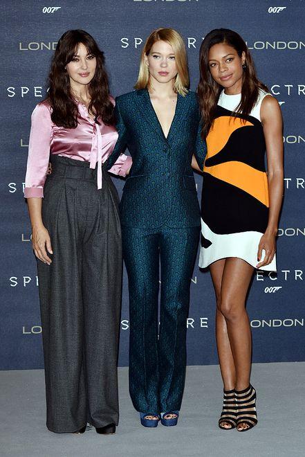 """Naomi Harris w mini Christiana Diora - najlepsza stylizacja na premierze """"Spectre"""""""