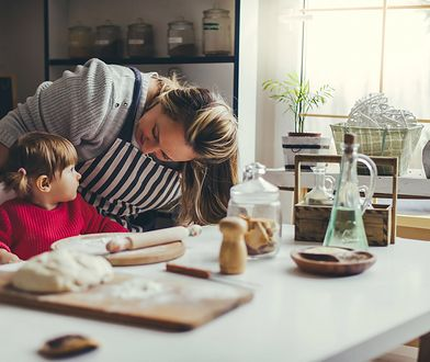 Część kobiet rezygnuje z pracy, by zająć się wychowaniem dzieci