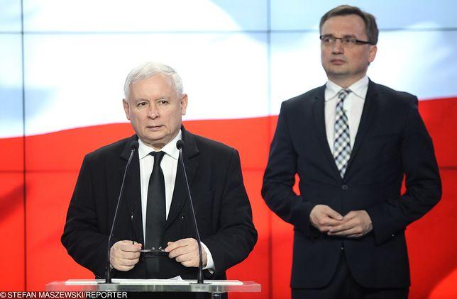 """""""Tylko nie mów nikomu"""". Film Sekielskiego poruszył rząd. Kaczyński dał sygnał, Ziobro zaostrzy prawo. Znamy szczegóły"""