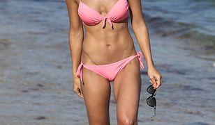 Janette Manrara kusi w bikini