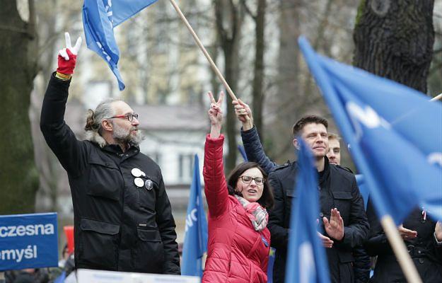 Kijowski w oświadczeniu: jak ktoś chce coś ukraść, to nie wystawia faktury