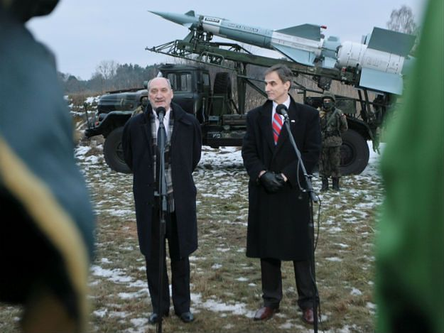 Antoni Macierewicz i ambasador USA Paul W. Jones