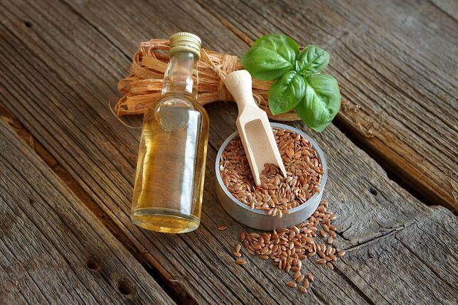 Olej lniany i siemię lniane to doskonałe źródła kwasu linolenowego