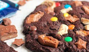 Wielkie ciacha ze słodkościami