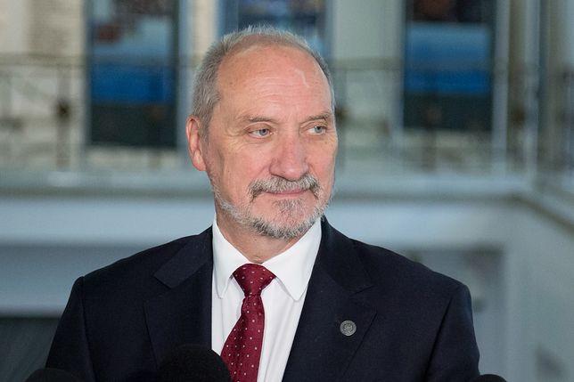 Antoni Macierewicz stwierdził, że gen. Motacki był dokładnie sprawdzany.