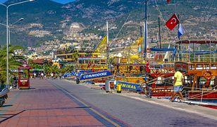 Turcja to popularny kierunek wśród turystów. Na zdjęciu Alanya, port turystyczny.