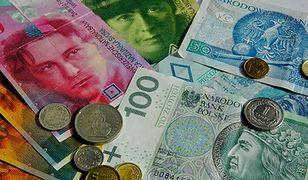 Kredyty frankowe szkodzą złotemu. Jest coraz słabszy