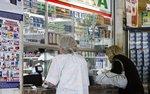 Apteki dla aptekarzy, a ceny leków dla bogatych. Kontrowersyjny pomysł PiS wraca