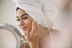 Żel aloesowy to wielofunkcyjny kosmetyk. Warto mieć go latem pod ręką