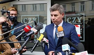 """Mikołaj Pawlak do dymisji? KO złoży wniosek o odwołanie. """"Jest zindoktrynowany"""""""