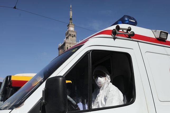 Koronawirus w Polsce. Lekarz z podejrzeniem zakażenia zmuszony do pracy