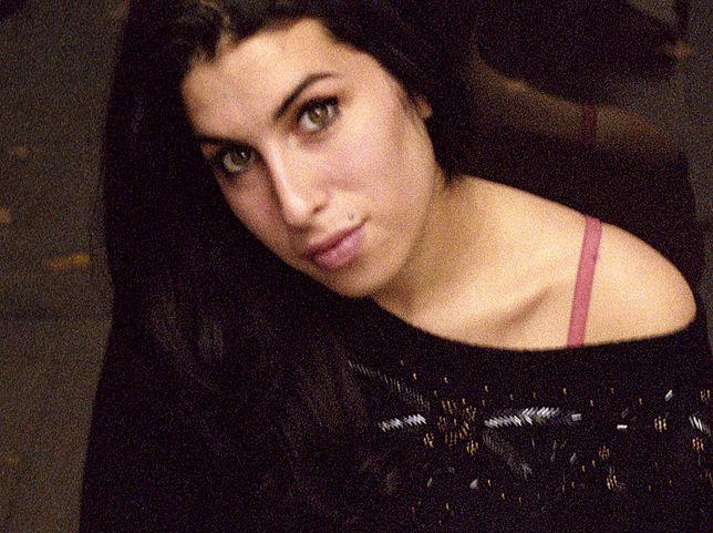 Amy Winehouse była matką chrzestną Dionne Bromfield