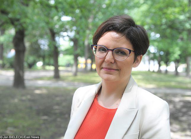 """Glusman obwinia Gronkiewicz-Waltz. """"Warszawa straciła 2 miliardy złotych przez wycinki drzew"""""""