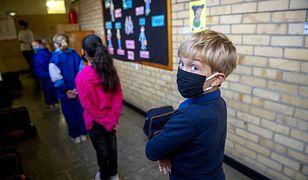 Powrót do szkoły w cieniu koronawirusa. Dyrektorzy szkół w Sławnie podjęli decyzję, że lekcje rozpoczną się tydzień później