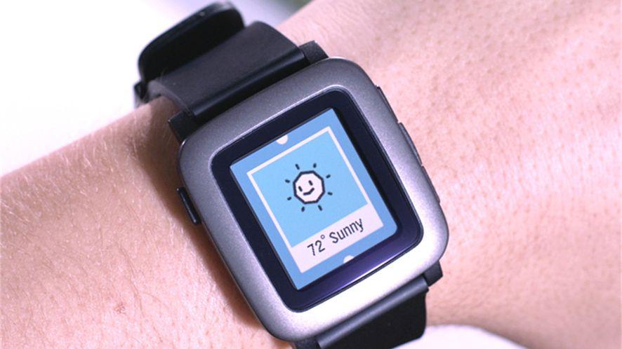 Niezachwycający wyglądem Pebble Time spodobał się tysiącom klientów