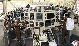 Kabina Tu-154M o numerze 101 - zdjęcie archiwalne