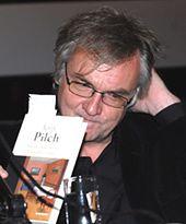 Pilch: szczęśliwszy byłem, marząc o zostaniu pisarzem