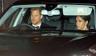 Książę Harry i Meghan Markle przyjechali na uroczystość bez szofera