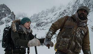 """Kate Winslet i Idris Elba w filmie """"Pomiędzy nami góry"""""""