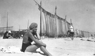 Odpoczynek na przedwojennej plaży w Gdyni