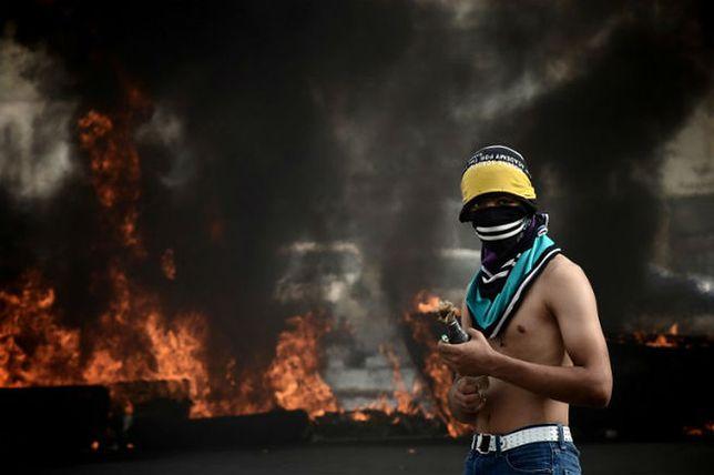 Uliczny protest szyitów w Bahrajnie