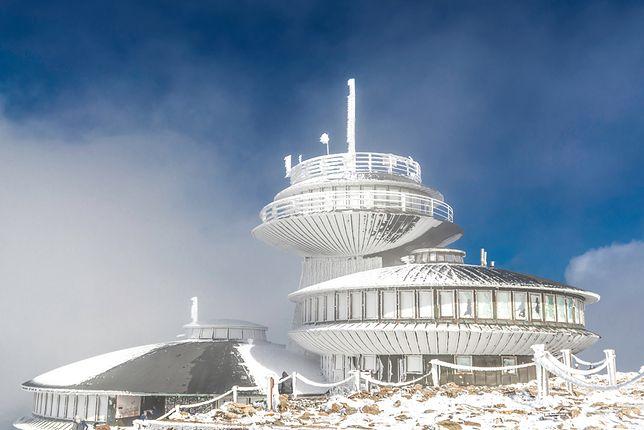 Śnieżka to najwyższy punkt Karkonoszy i całych Sudetów