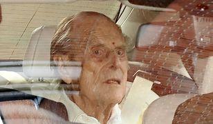 Książę Filip wyszedł ze szpitala