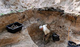 Bykownia. W 2007 r. polscy eksperci prowadzili badania miejsca tajnego pochówku ofiar NKWD z lat 1937-41