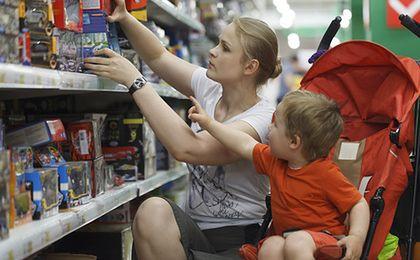 Karta Dużej Rodziny rozrasta się. Można zaoszczędzić na paliwie i jedzeniu