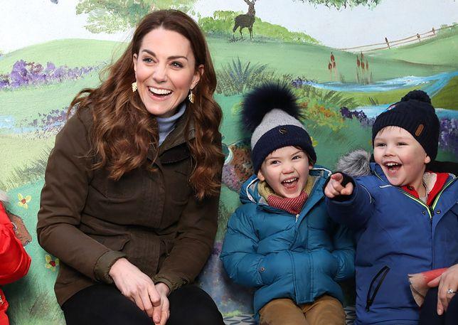 Księżna Kate spotkała się z młodymi fanami w Irlandii Północnej