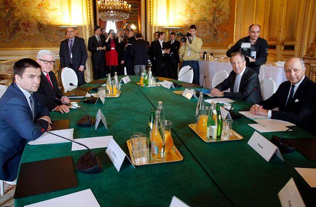 Szefowie dyplomacji Ukrainy, Niemiec, Rosji i Francji