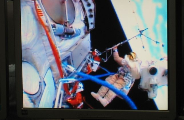 Warszawscy badacze kosmosu na bruk