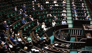 Sejm wznawia przerwane obrady