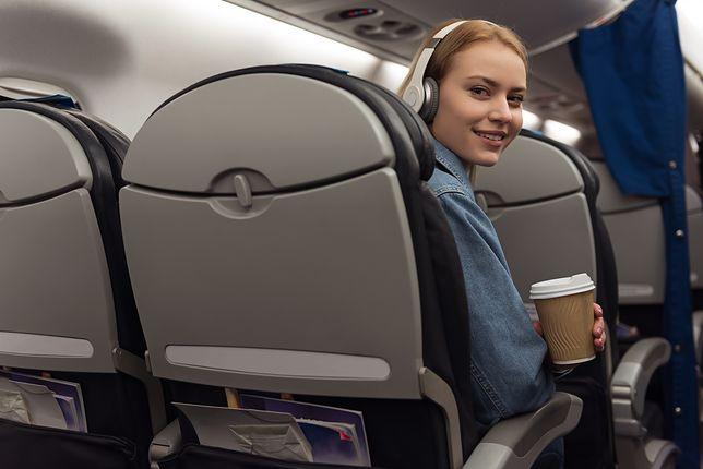 Okazuje się, że klaskanie w samolocie jest jak ziewanie - zaraźliwe