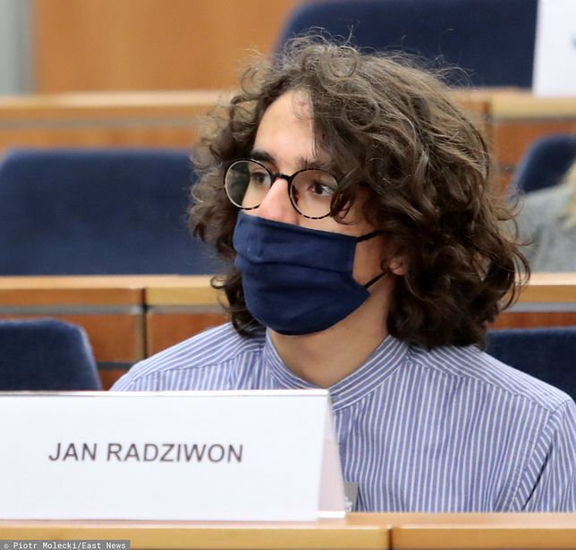 Strajk kobiet. 17-letni Jan Radziwon został zatrzymany podczas protestu przed Sądem Okręgowym