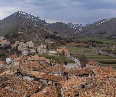 Miejscowość znajduje się w regionie Abruzja