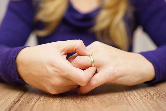 """Internautka opisuje problem w małżeństwie. """"Mój mąż jest nauczycielem. To mnie wykańcza"""""""