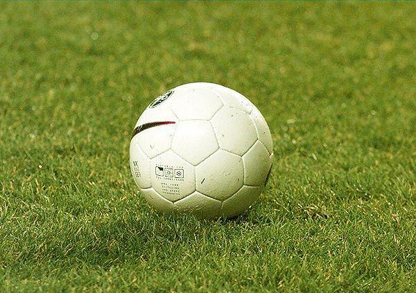 """Sportowy weekend na Białołęce. Turniej Piłki Nożnej oraz """"Bieg przez most"""""""