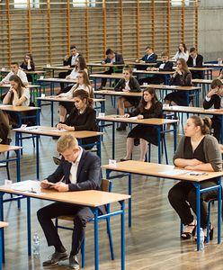 Egzamin gimnazjalny 2018 - wyniki. Lepiej poszła część humanistyczna