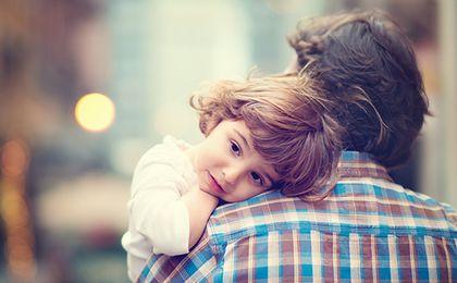 Jakie prawa w pracy mają młodzi ojcowie? Kompendium wiedzy przed Dniem Ojca