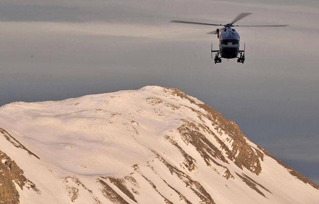 Grupa licealistów przysypana lawiną, która zeszła we francuskich Alpach
