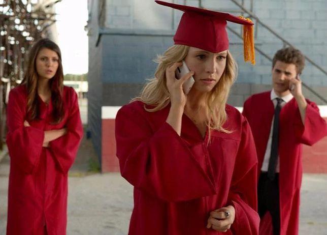 Pamiętniki wampirów sezon 4, odcinek 23: Zakończenie szkoły (Graduation)