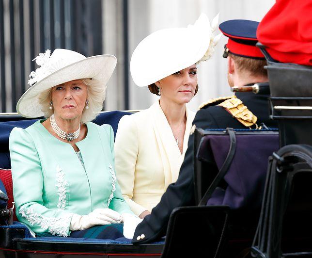 Księżna Camilla i księżna Kate nie zostały zaproszone na spotkanie z królową