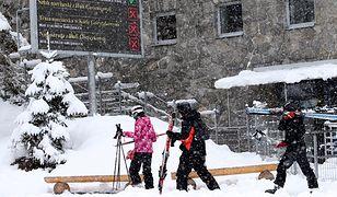 3-metrowe zaspy. TOPR: nie wywozić narciarzy na Kasprowy
