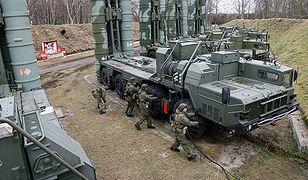 Rosja ćwiczy obronę Kaliningradu rakietami S-400 Triumf