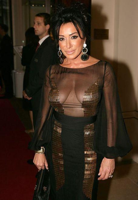Nancy Dell'Olio chętnie odsłania biust